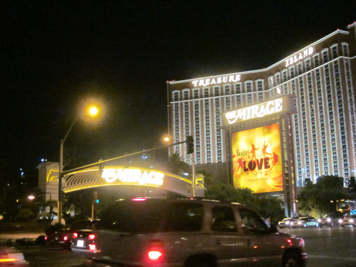 Mirage and Treasure Island Hotels, Las Vegas
