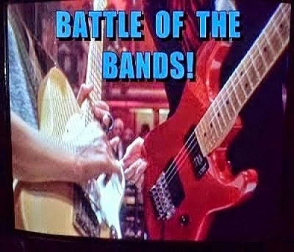 #BOTB Battle of the Bands, The Doglady's Den Happy Xmas
